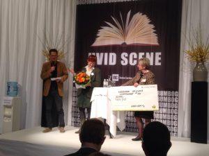 Kulturminister Marianne Jelved overrækker Saxos Innovationspris 2013 til NewPub